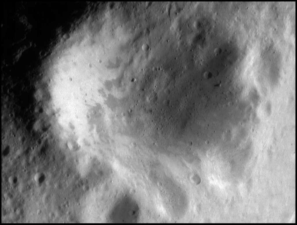 Surface d'Eros 6