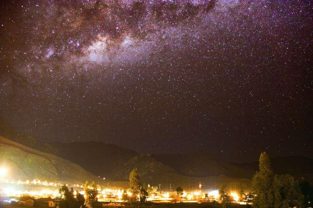 La Voie lactée sous les lumières de Colca