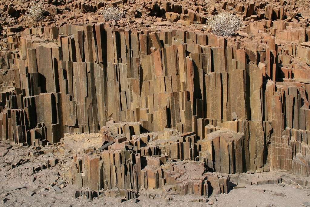 Tuyaux d'orgues de dolérite, dans le Damaraland