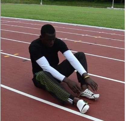 Pour créer cette chaussure de sprint, Luc Fusaro a commencé par modéliser en 3D la foulée d'un athlète afin d'observer le travail du pied pour réaliser une fabrication sur-mesure. © Luc Fusaro