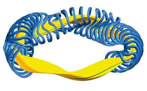 Ce dessin montre en jaune le forme que prendra le plasma dans des conditions de fonctionnement aussi bonnes que possible du stellarator Wendelstein 7-X. Il possède une symétrie d'ordre 5, comme celle d'un pentagone. En bleu sont représentés les aimants générant le champ magnétique optimisé pour assurer un confinement stable du plasma. © IPP