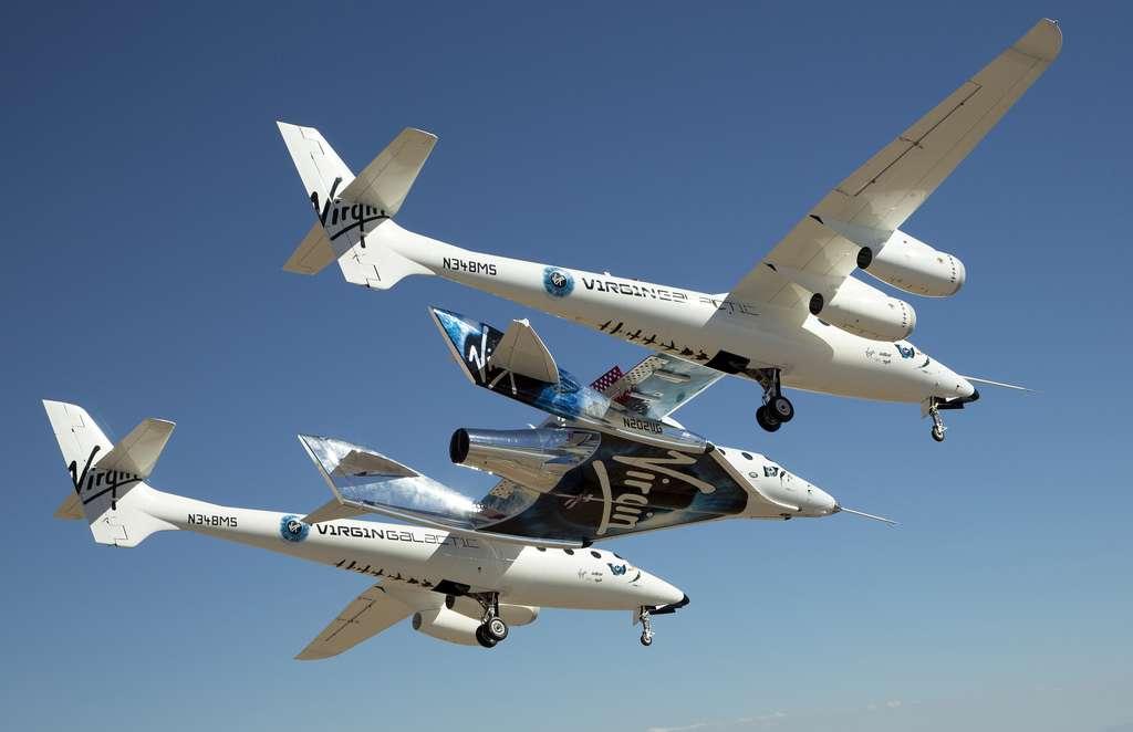 L'avion porteur WhiteKnightTwo qui transporte l'avion suborbital Unity jusqu'aux limites de l'espace. © Virgin Galactic