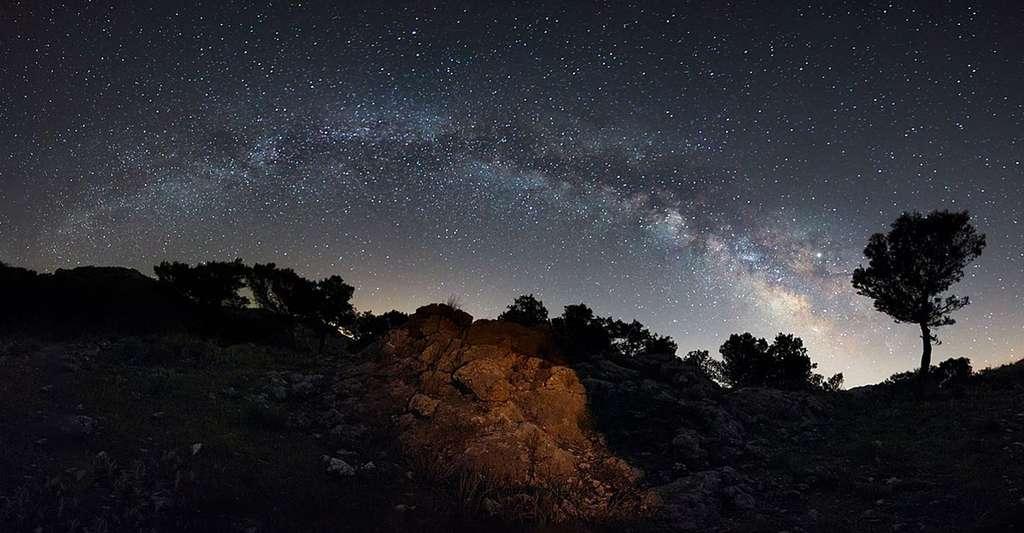 Comprendre l'Univers. © Antonio Marquez Lanza, Wikimedia Commons, CC 4.0