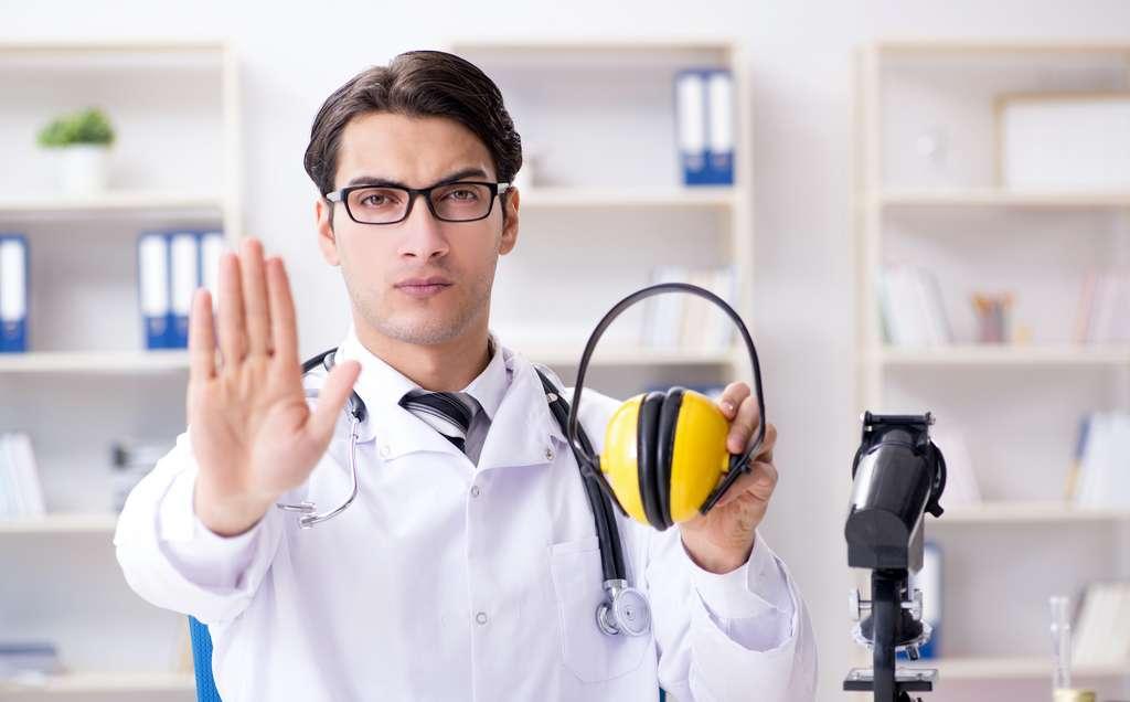Il existe des solutions pour se mettre à l'abri du bruit. © Elnur, Adobe Stock