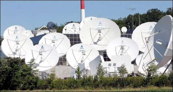SES est l'un des premiers opérateurs de satellites dans le monde. En Europe, il partage le marché des services satellitaires avec Eutelsat. © SES
