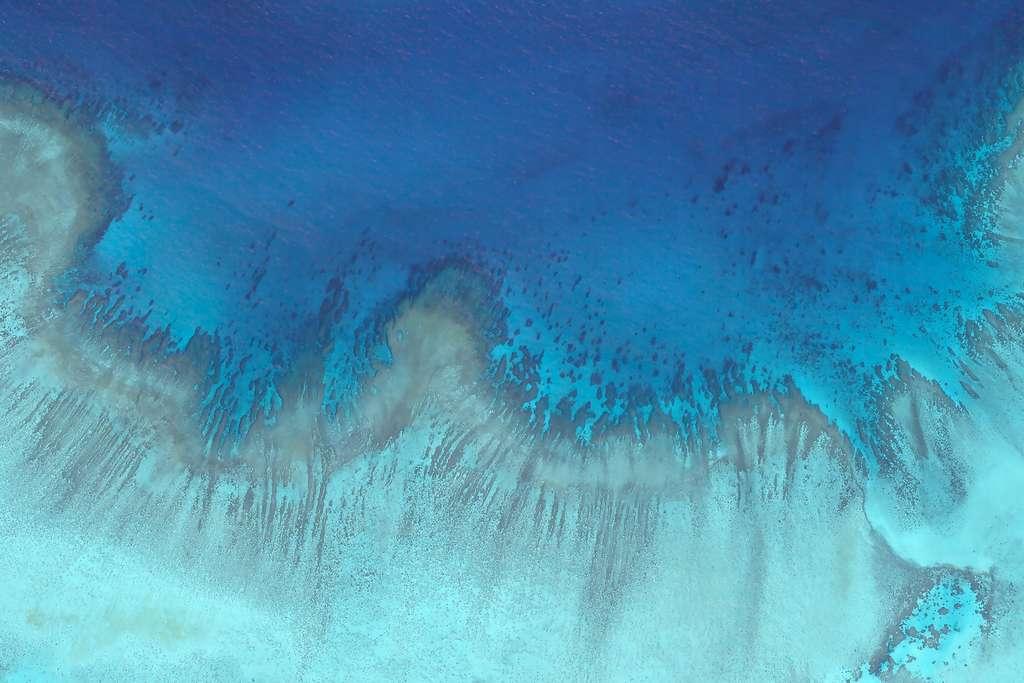 La Grande Barrière de corail, en Australie, près de l'île Heron. Cette image, d'une résolution de 3,7 mètres, a été acquise par un des satellites de la constellation de Planet. © Planet Lab 2018