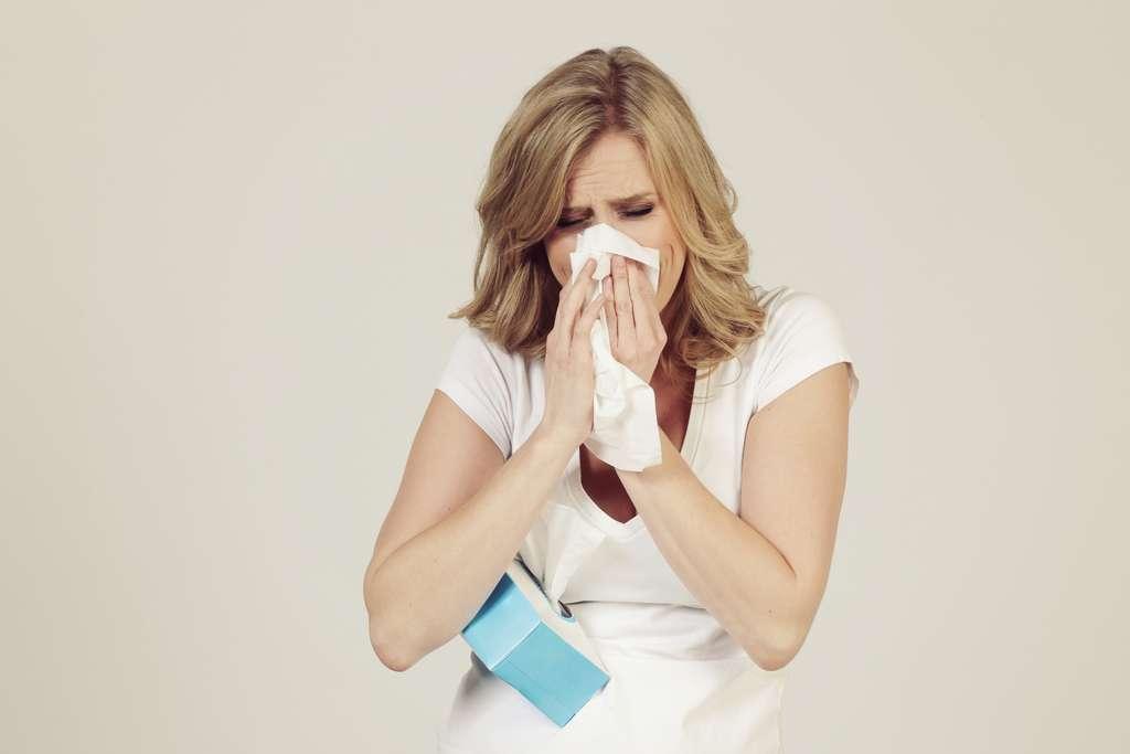 Pour éviter d'avoir le nez congestionné et de devenir un super-propagateur, n'oubliez pas de vous moucher ! © mariesacha, Adobe Stock