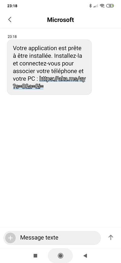 Suivez le lien inclus dans le SMS envoyé par Microsoft. © Microsoft