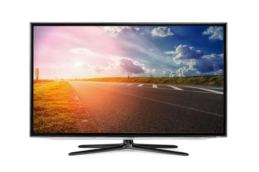 """La TV 32"""" présente un bon rapport qualité/prix/flexibilité. © Ruslan Ivantsov, Adobe Stock"""