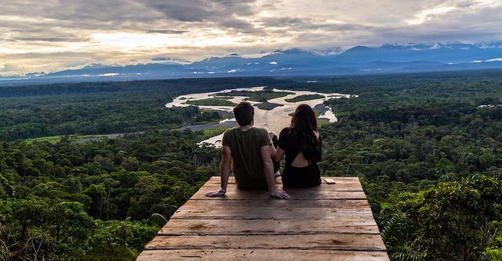 Vivre une aventure de tourisme durable au cœur de l'Amazonie. © ecuadorquerido, Adobe Stock