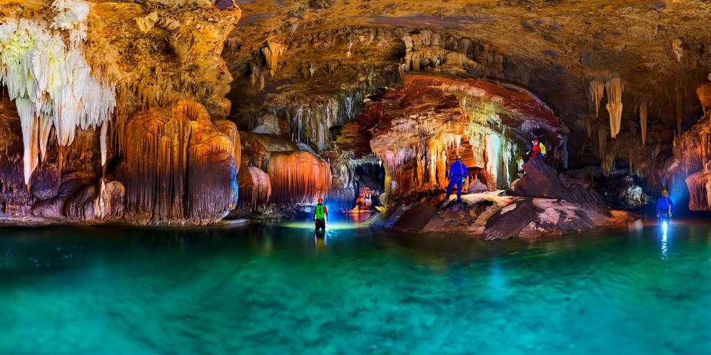 La grotte São Mateus 3, de surprises en surprises
