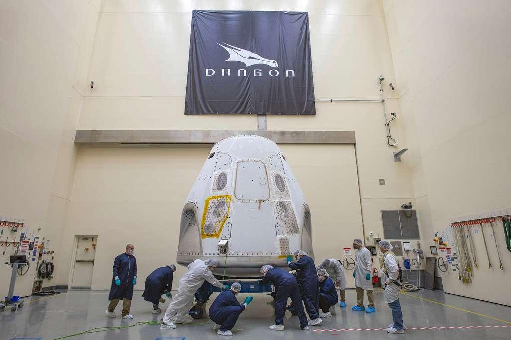 La capsule Crew Dragon qui sera utilisée pour le premier vol habité de SpaceX. © Nasa