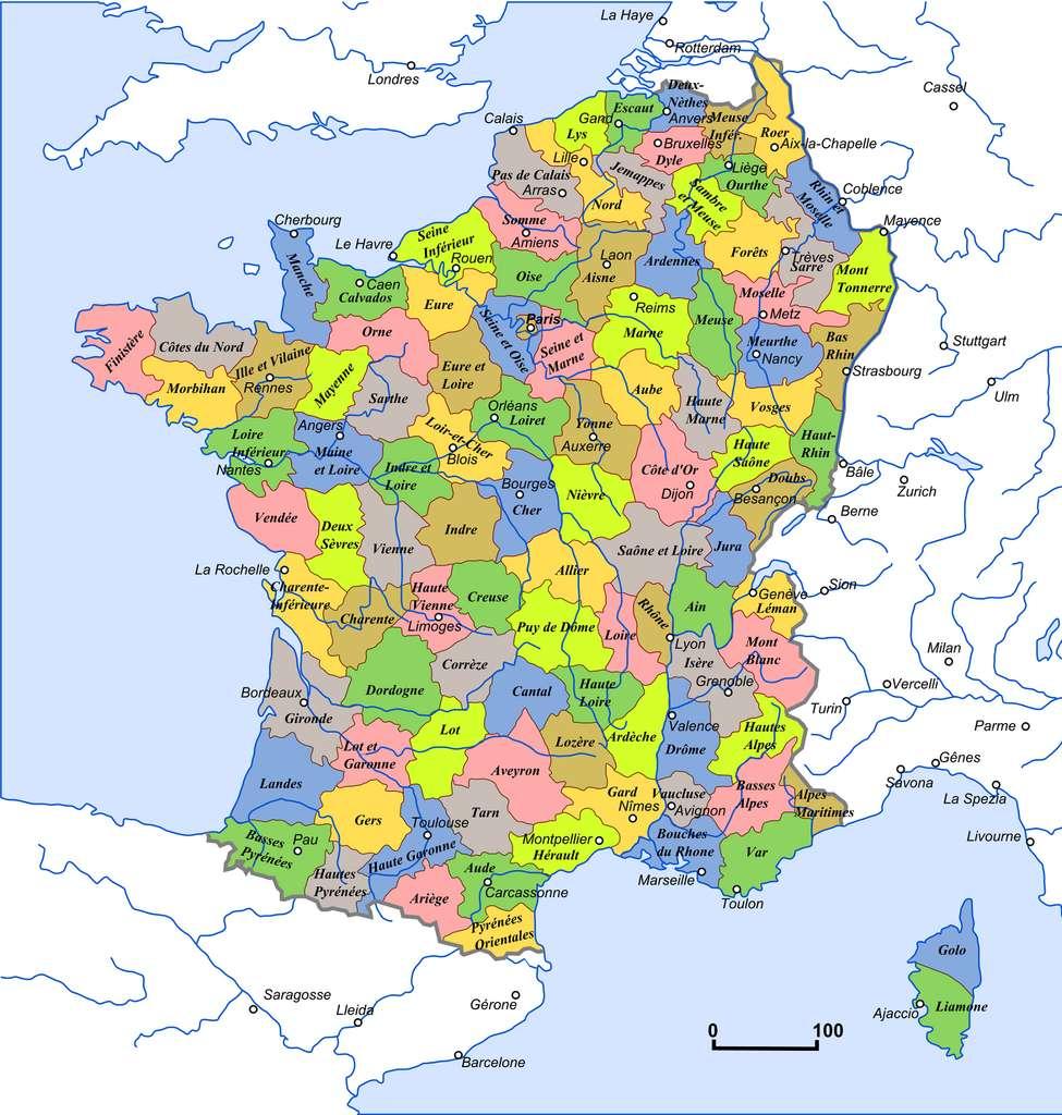 Carte des 113 départements français en 1801. © Wikimedia Commons, domaine public