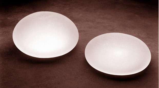 Les implants PIP en eux-mêmes ne sont pas dangereux. C'est le gel à l'intérieur qui l'est, mais seulement si la prothèse vient à se percer. © Crhis73, Wikimédia, cc