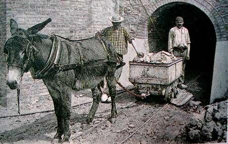 Entrée de la mine du Chatelet, F. début XXe siècle.