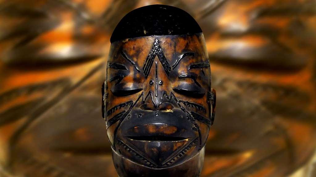 Masque makondé d'Afrique australe