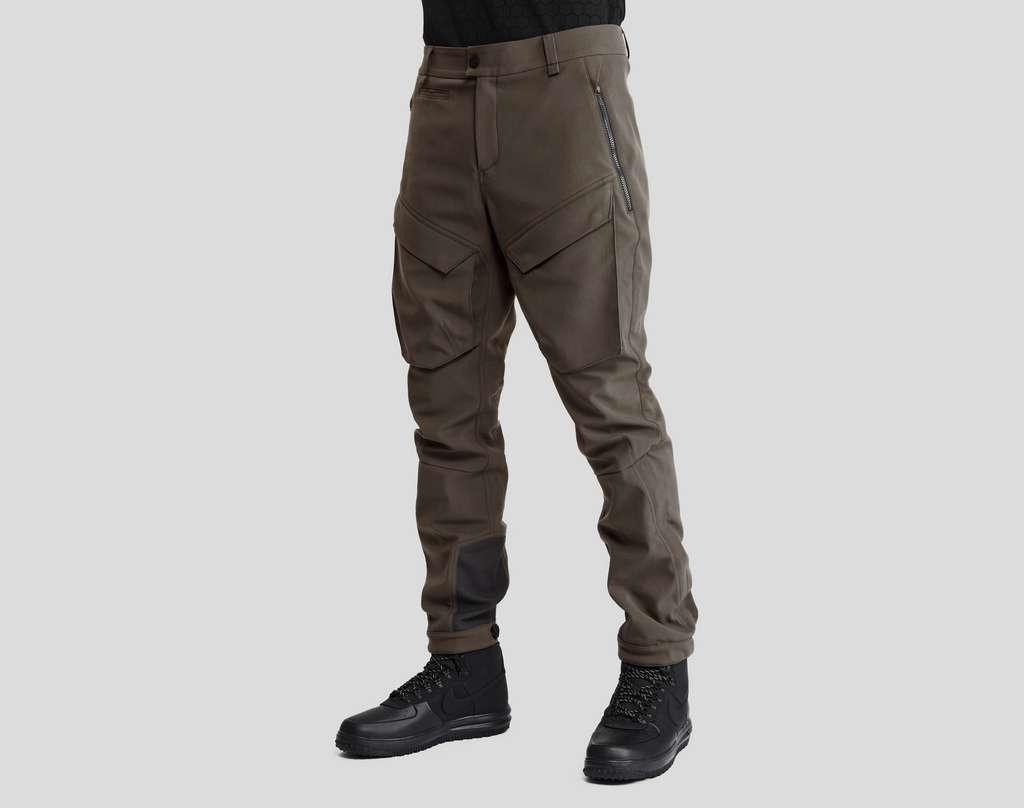 Le pantalon Vollebak est vendu 575 euros… pour une durée de vie affichée de 100 ans. © Vollebak, Sun Lee
