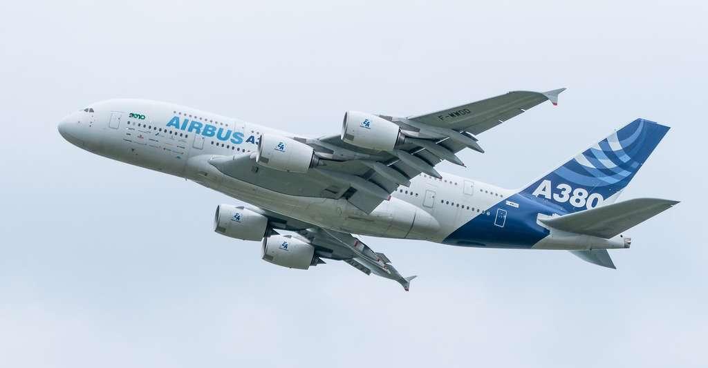 Les avions les plus récents, comme l'A380, peuvent voler jusqu'à 43.000 pieds d'altitude. © Eisenmenger, Pixabay, CC0 Creative Commons