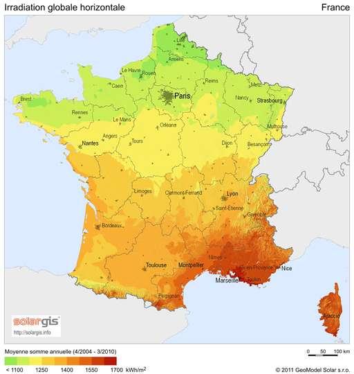 Irradiation annuelle moyenne en France sur une surface horizontale (données 2004-2010). © GeoModel Solar, 2011