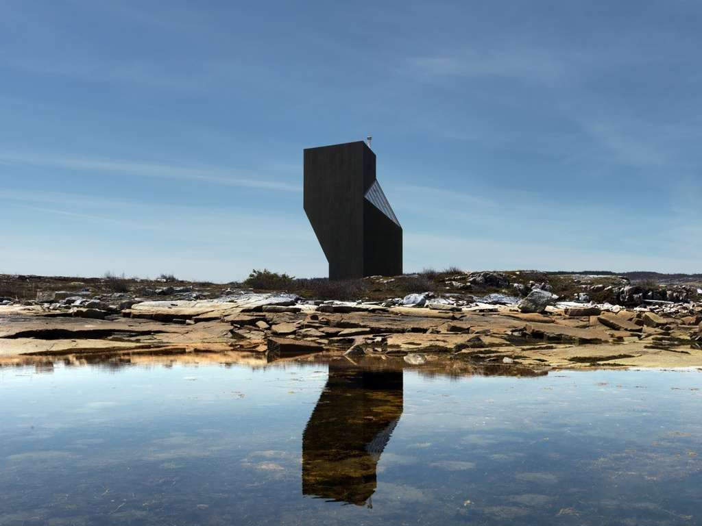 Cette maison construite sur l'île de Fogo comprend trois étages. © Bent René Synnevåg