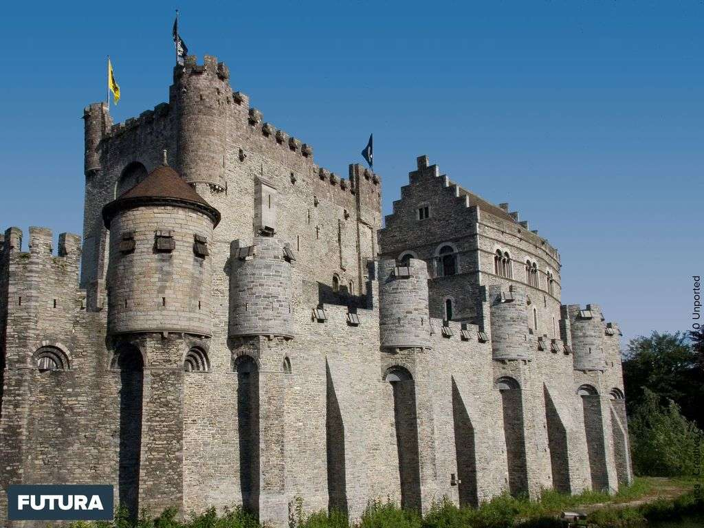 Château des comtes de Flandre situé dans la ville de Gand, en Belgique.