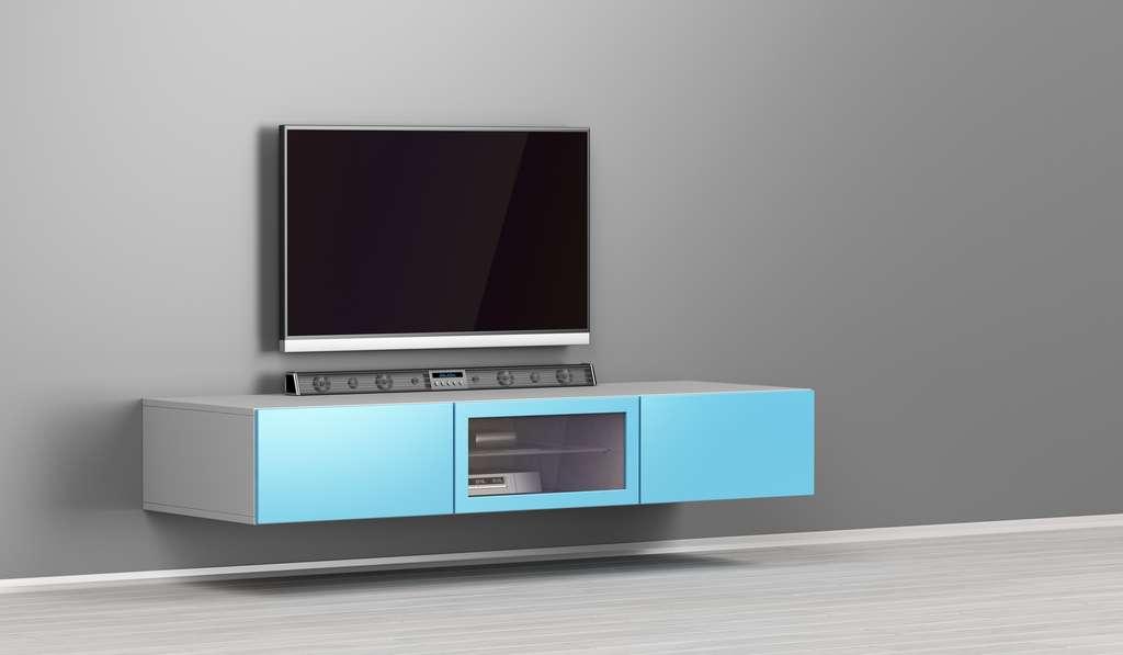 La barre de son est flexible et peu encombrante. © magraphics, Adobe Stock