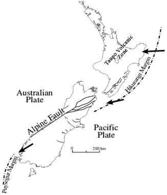 La faille alpine traverse l'île sud de la Nouvelle-Zélande et marque la frontière entre deux plaques de croûte continentale, la pacifique et l'australienne, qui glissent plus ou moins l'une contre l'autre. © Université d'Otago