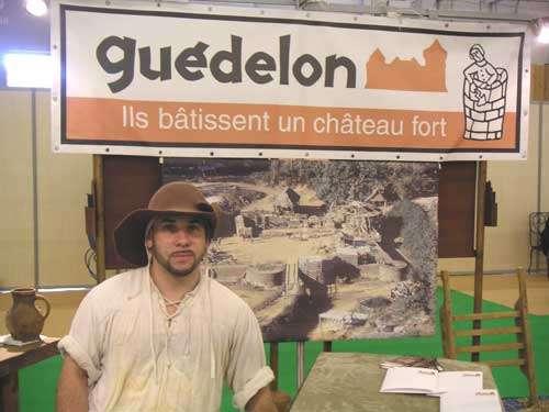 Christian Duchemin : ambassadeur de Guédelon sur un salon dédié au tourisme à Paris. © Guédelon - Reproduction et utilisation interdites - Tous droits réservés