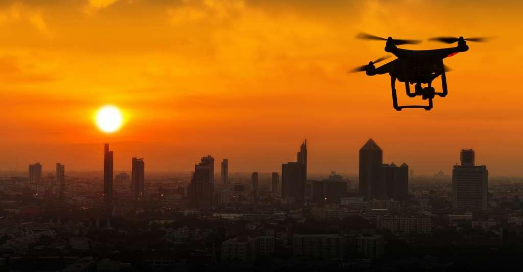 Avec la multiplication des drones, les signalements d'ovni augmentent. © Naypong Studio, Adobe Stock