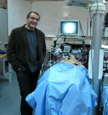 Un robot chirurgien. © Guillaume Morel