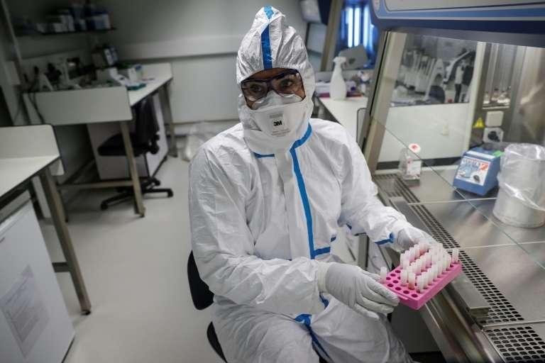 Aucun vaccin n'a encore été trouvé pour lutter contre l'épidémie de Covid-19 qui a été classée urgence de santé publique de portée internationale par l'OMS. © Thomas Samson, AFP, Archives
