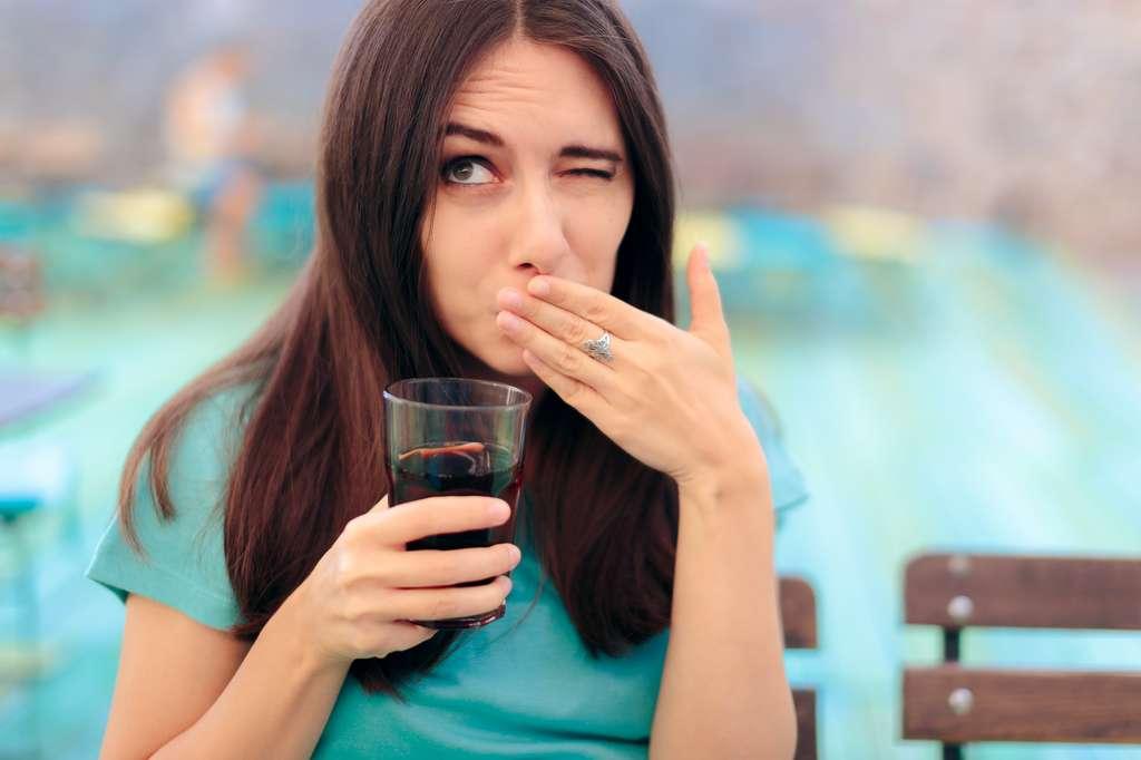 L'excès de boissons gazeuses peut favoriser le hoquet. © nicoletaionescu - Fotolia