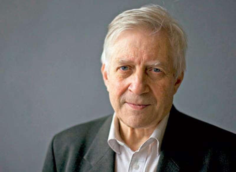 Nikolaï Kardashev, né le 25 avril 1932, est un radioastronome russe célèbre pour son échelle de Kardashev. Cette dernière classe les civilisations de l'univers en fonction de leur consommation d'énergie. © Russian Academy of Sciences