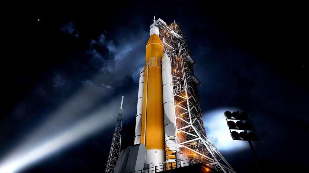 Dans sa version de base, le Space Launch System, avec ses deux étages, aura une capacité de lancement de 70 tonnes en orbite basse. Avec l'utilisation d'un troisième étage, nécessaire pour le véhicule Orion pour des missions au-delà de l'orbite terrestre (l'étage EUS pour Exploration Upper Stage), cette capacité sera portée à 105 tonnes, et à 143 tonnes avec l'utilisation de boosters plus puissants. © Nasa