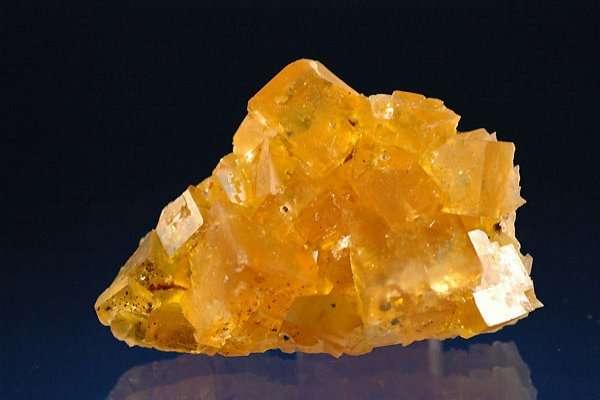 Fluorite jaune-doré. © Spathfluorminerals.com