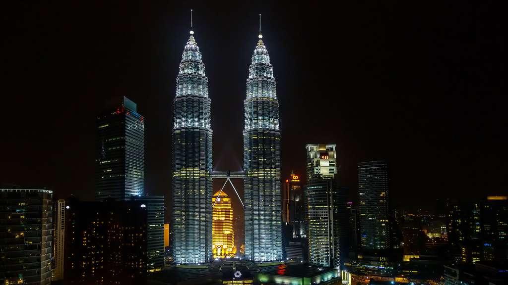 Les tours Petronas de Kuala Lumpur, les jumelles les plus hautes du monde