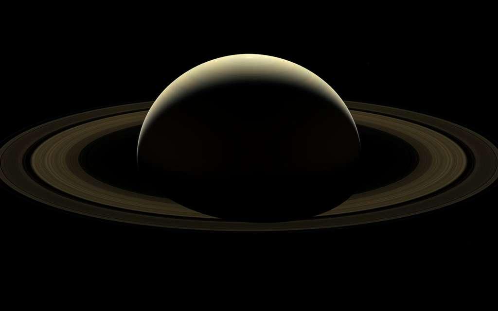 Mosaïque d'images prises par Cassini le 13 septembre 2017, composant le portrait d'adieu de la vénérable sonde spatiale. © Nasa, JPL-Caltech, Space Science Institute