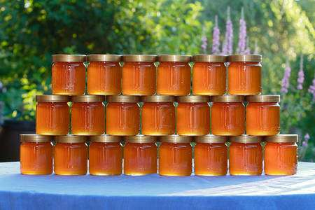 Pots de miel « mille fleurs ». © Waugsberg, GNU