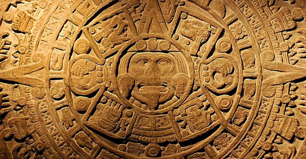 Calendrier Maya sculpté sur pierre. © Norman Z - CC BY-NC 2.0