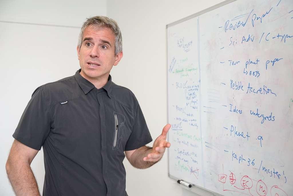 L'astrophysicien Franck Selsis étudie les atmosphères planétaires et l'exobiologie. © Benjamin Pavone