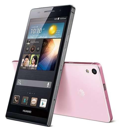 Avec un design épuré et une finition qui semble soignée, Huawei montre qu'il n'a rien à envier aux grandes marques. Le constructeur chinois se permet même de les défier en annonçant que l'Ascend P6 est le plus fin du monde avec seulement 6,2 mm d'épaisseur. © Huawei Device