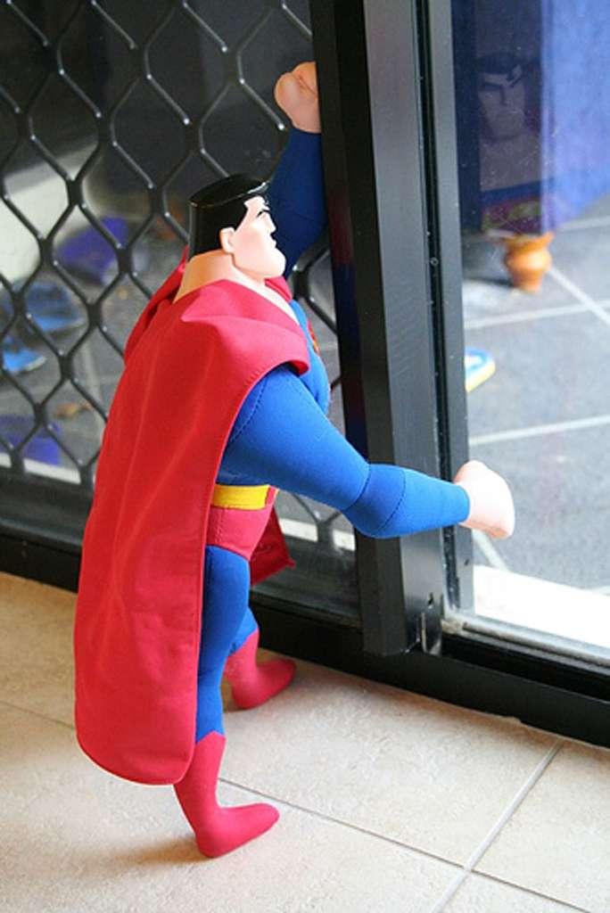 Que nous dit la physique sur la super-rétine et la vision rayons X de Superman ? © Eylc, CC by-nc-sa 2.0