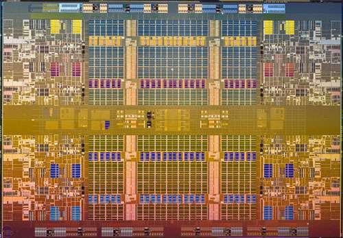 Microprocesseur Intel Nehalem-EX, technologie multithread. © Intel 2009, tous droits réservés