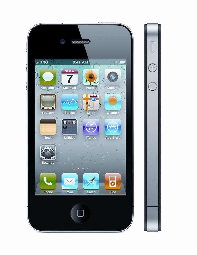 L'iPhone 4 est plus fin que ses prédécesseurs. © Apple