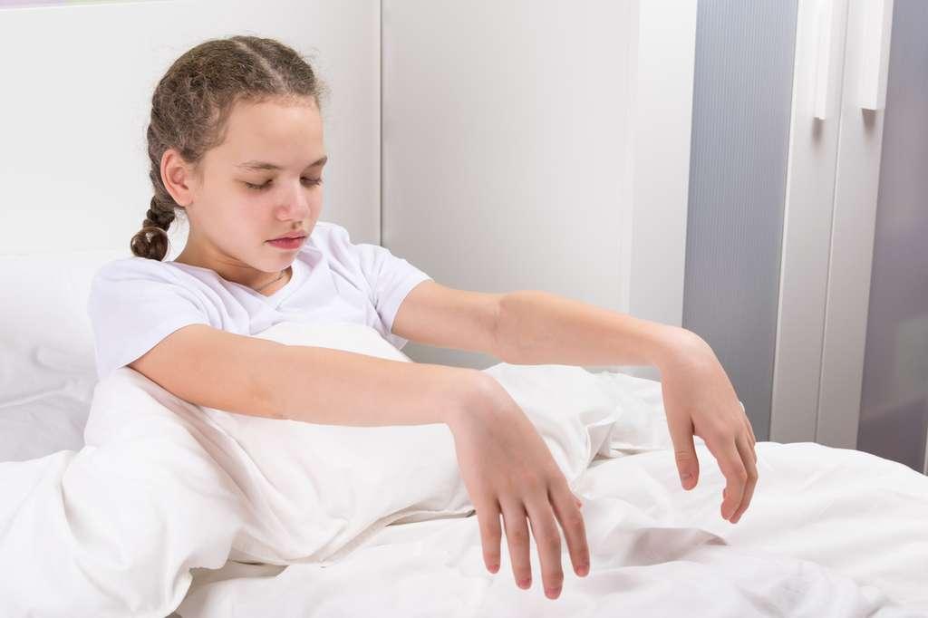 Les enfants, dont les structures corticales ne sont pas encore à maturité, sont plus sujets au somnambulisme que les adultes. © Kurgu128, Fotolia