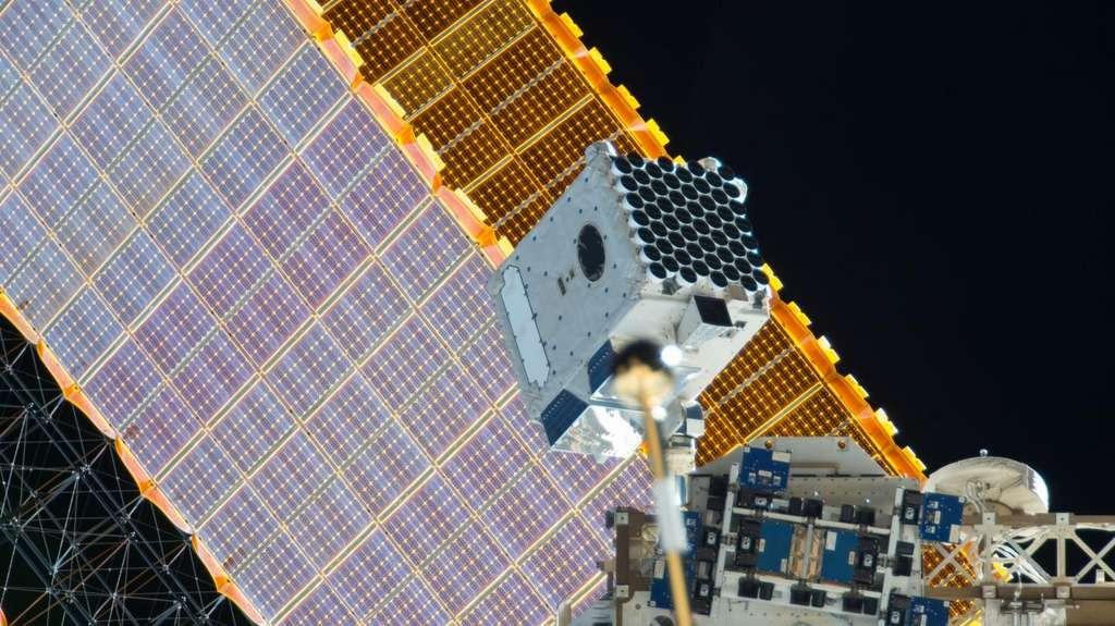 Le système de détection Nicer à bord de l'ISS. © Nasa