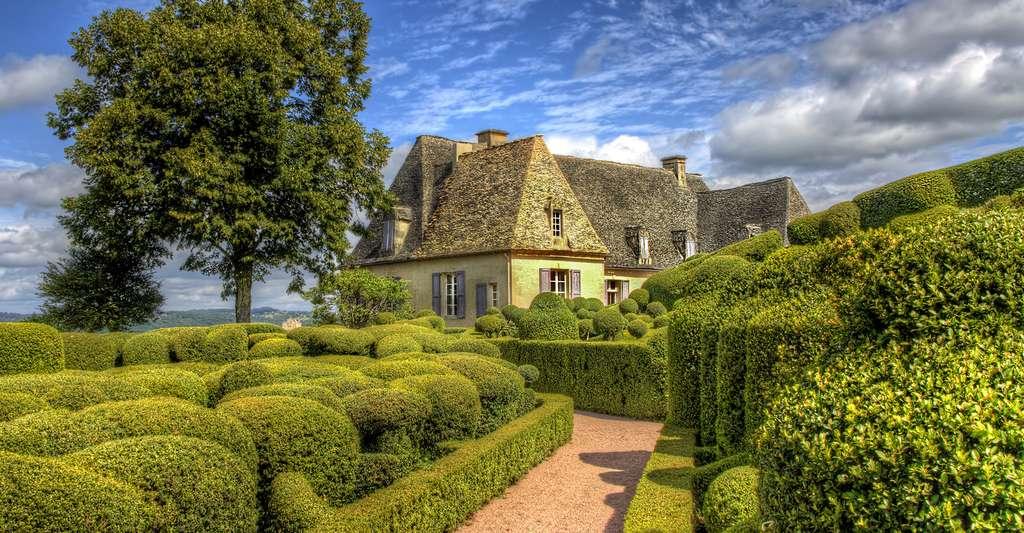 Vue des jardins et du bastion de Marqueyssac. © Rolf E. Staerk, Shutterstock