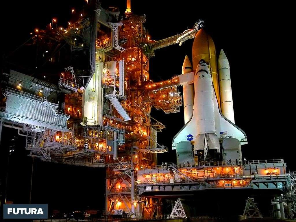 La navette spatiale Discovery, avant le lancement de la mission STS-114