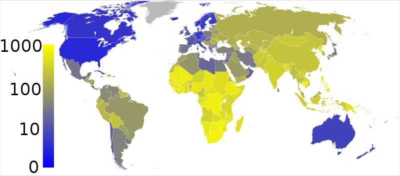 Nombre estimé de cas de tuberculose pour 100.000 personnes. En bleu vif : de 0 à 10 ; entre bleu et jaune : de 10 à 100 ; en jaune vif : de 100 à 1.000 personnes malades. © Eubulides, Wikimedia Commons, cc by sa 3.0