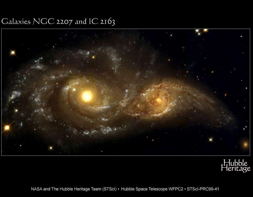 Hubble : collision de galaxies